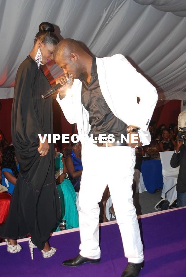 Le rappeur Fata apprécie les chaussures de Mame Diarra Thiam