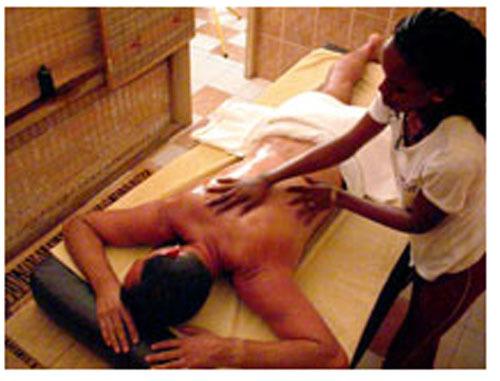 """Prostitution déguisée en séance de massage : Le """"salon Eva"""" de Yoff démantelé"""