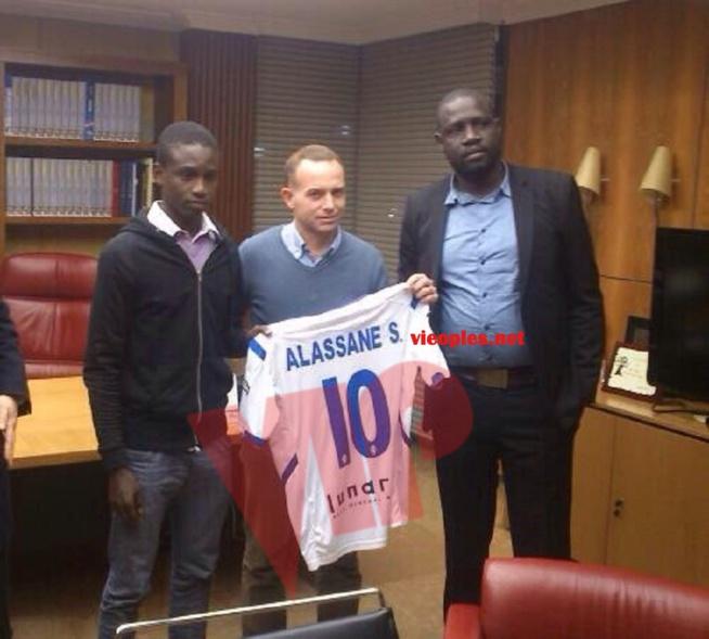 Le Manager de l'avenir football club de Dakar, Saliou Fall fait signer le Sénégalais Alassane Sow dit Messi au Real Saragosse dans la liga espagnol.