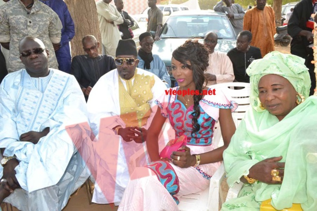Les images du mariages du mariage de la fille de MBagnick Diop avec le mannequin Baye Bia. Regardez