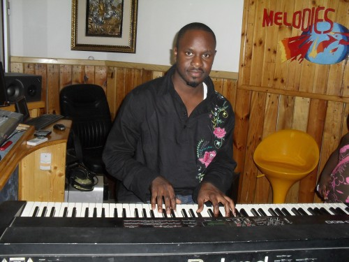 Après Youssou Ndour, Baba Hamdy revisite le répertoire d'Oumar Pène