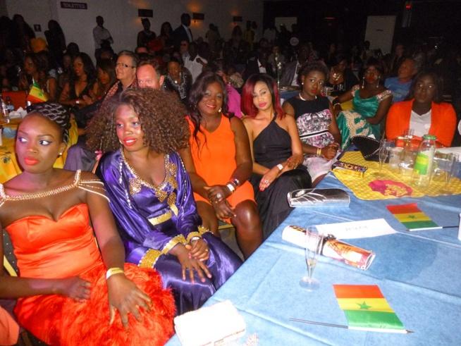 21 Images A guichet fermé: Pape Diouf démontre encore qu'il est le maître de la musique Sénégalaise actuellement en Europe