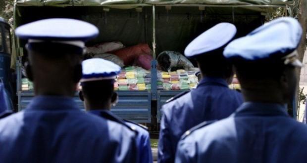 2 gendarmes »voleurs » de l'aéroport de Dakar condamnés à 15 jours de prison