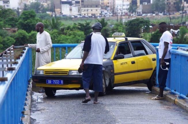 Avant le taximan : Quand un chauffeur Tata (Ligne 42) semait le bordel sur le pont de la Foire (Vidéo)