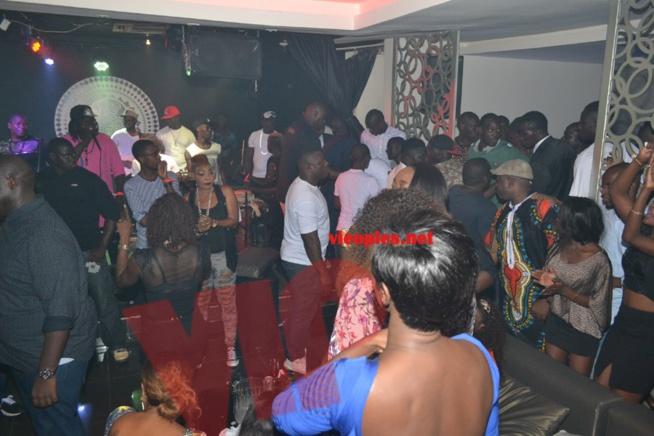 Les images de la soirée de Waly Seck au Baramundi.