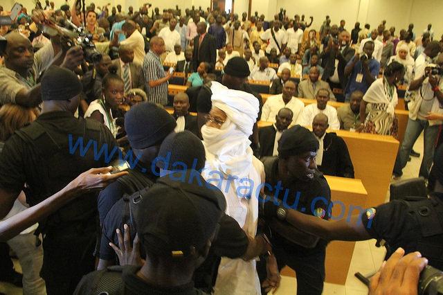 Reprise du procès de l'ancien président du Tchad : Hissène Habré encore ramené de force devant les Chambres africaines