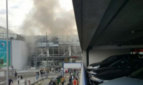 Explosions à l'aéroport de Bruxelles: au moins 21 morts et 35 blessés