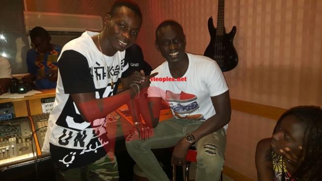 Dakar Bamako: Pape Diouf en studio avec Sidiki Diabate pour un featuring explosif bientôt.