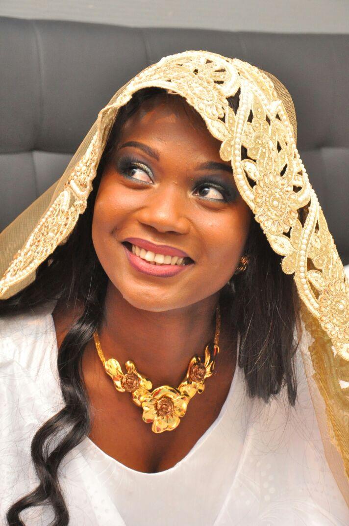 L'ex mannequin Sénégalaise Gazelia Fall est devenue madame Cagniaut.