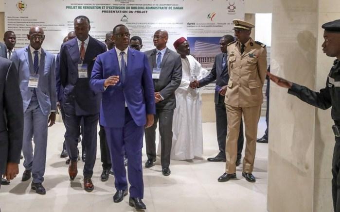 Le couple de l'administrateur du building administratif, Bamba Ndiaye SA et Maty Ngaydel Lo Présidente de la Fondation Khadim Rassoul dans une zone de trubulence.
