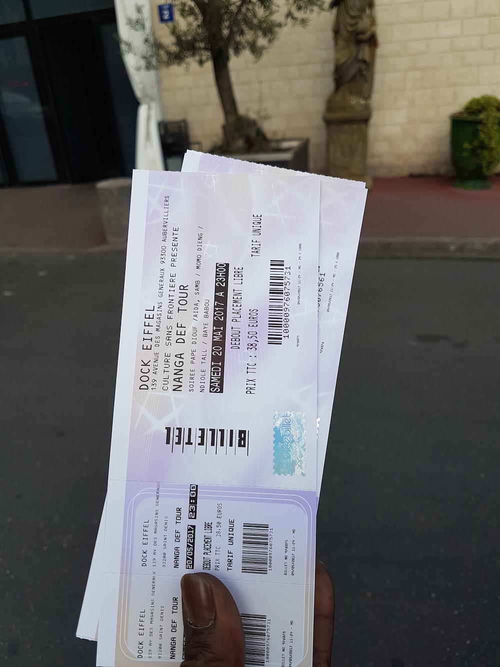 JOUR J -05 Pape Diouf au Dock Eiffel pour la nuit de la diaspora, reservez vos billet chez Baye Fall café Touba 45 rue Doudeauville, Resto Khelcome chez Kissma, Senegal Beauté chez Pape samb Boulevard Chateau d'Eau.