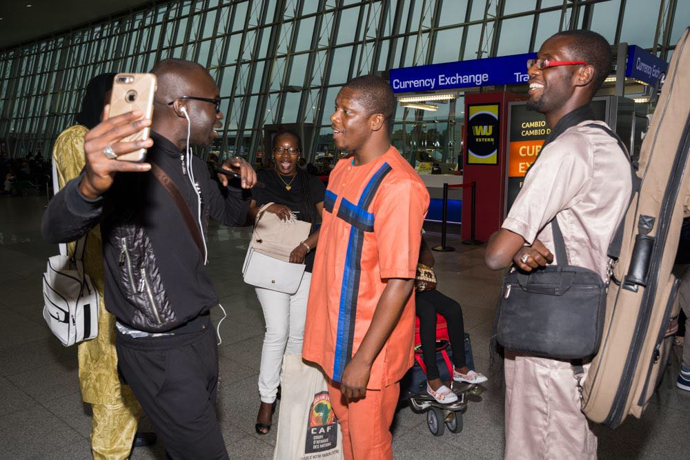 AMERICAN TOUR WITH NEW AFRICAN PRODUCTION: Arrivé du groupe Bidew Bou Bess à JFK aéroport.