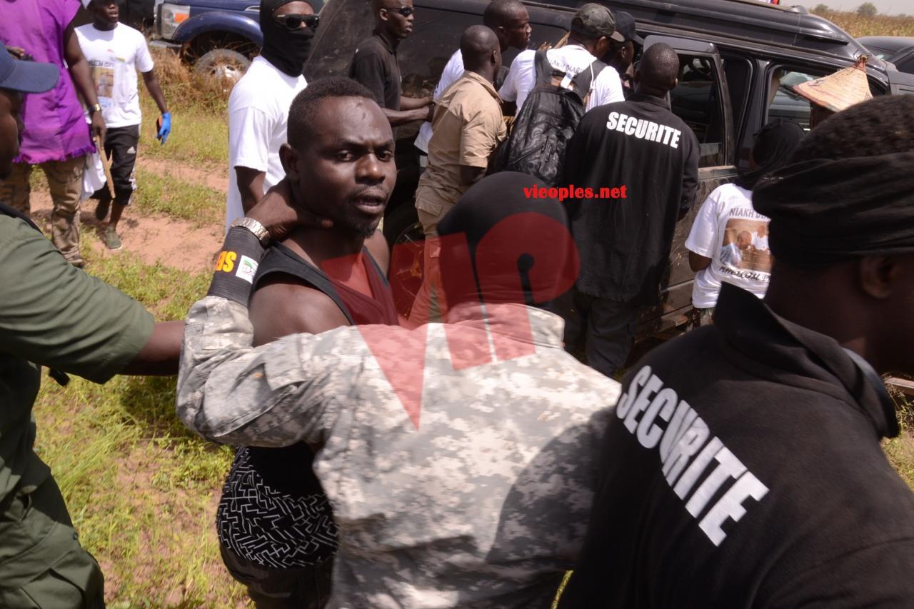 Accrochage entre Ousseynou Fall le garde du corps de Pape Diouf et Assane Diouf à Khelcom