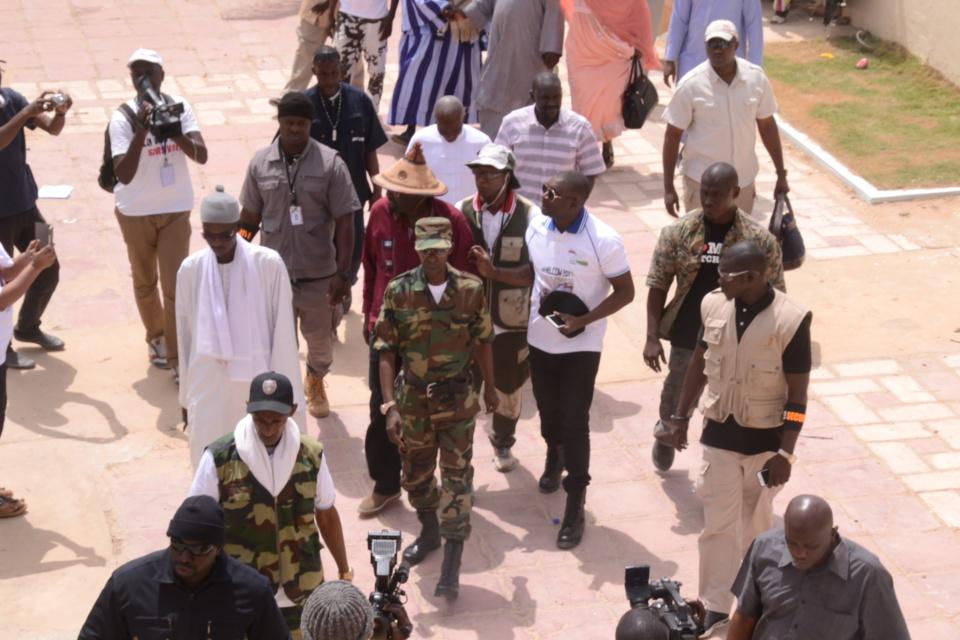 Arrivé du ministre de l'agriculture chez Cheikh Amar à Touba.