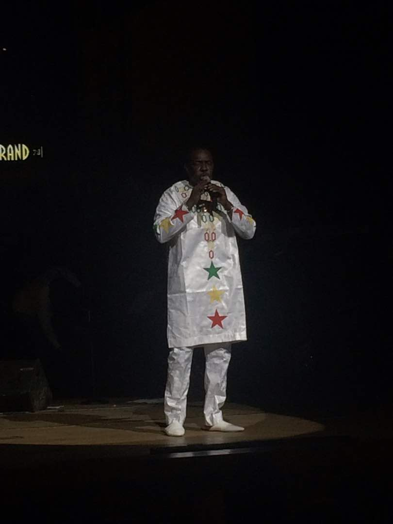Les premières images: Avant première Bercy Youssou Ndour au grand théâtre de Dakar avant Accor Hotel Aréna Paris Bercy