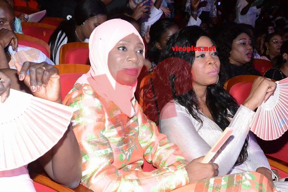 Avant première Bercy de Youssou Ndour: Aby Ndour et Ngoné Ndour en toute complicité au grand theatre.