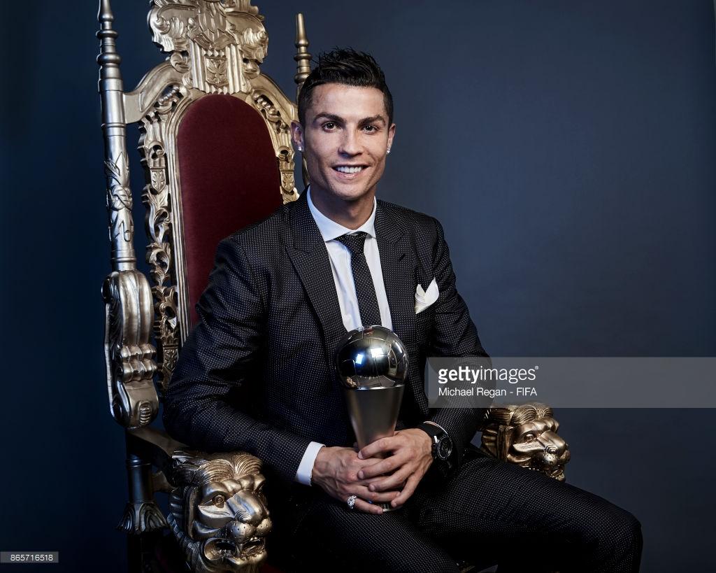 Dernière minute – Cristiano Ronaldo ballon d'or 2017, découvrez la place de Messi et de Sadio Mané