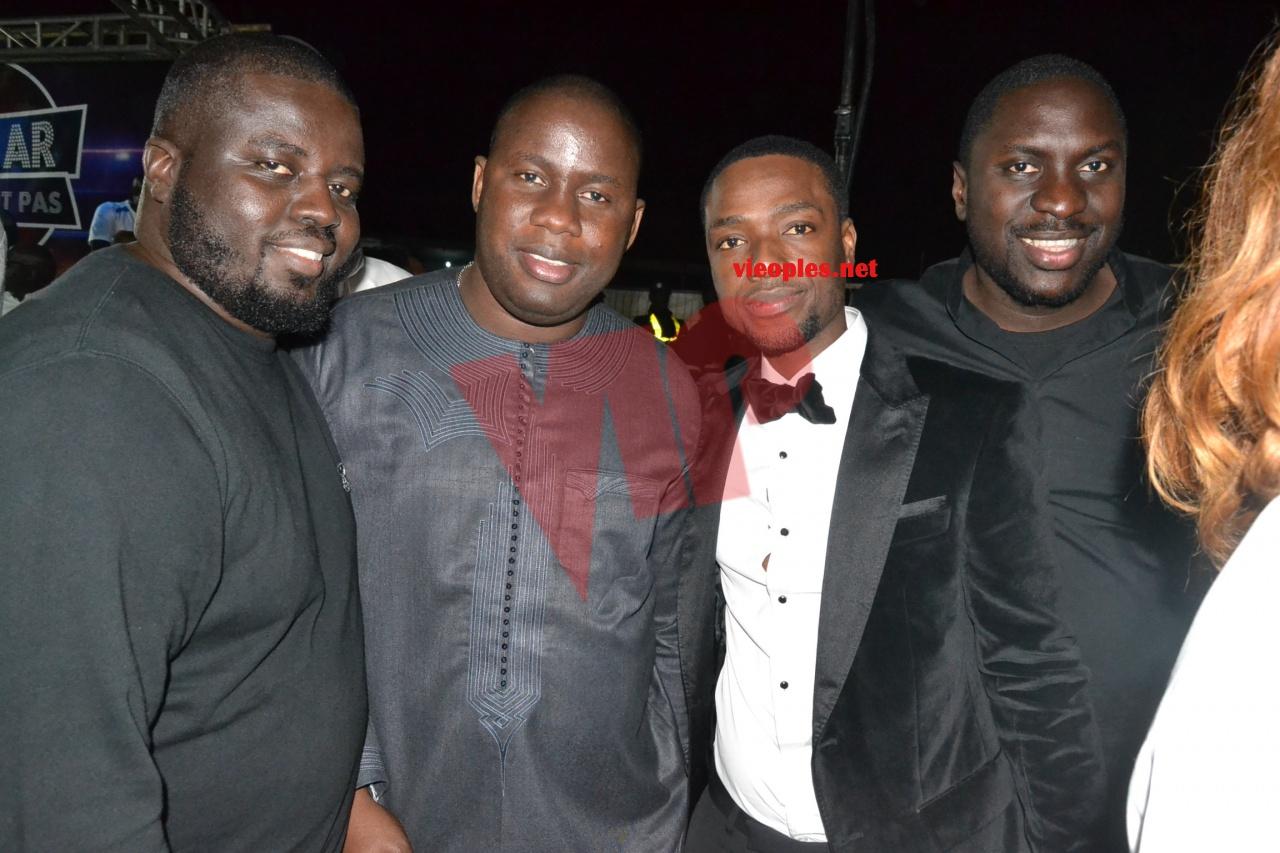 Serigne Abdourahmane, en compagnie de ses amis Birane Ndour, Khadim Dia VOUZENOU au CICES.