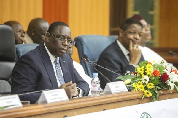 Macky Sall aux parlementaires de la CEDEAO : « Nous ne pouvons pas être complices de la migration clandestine »