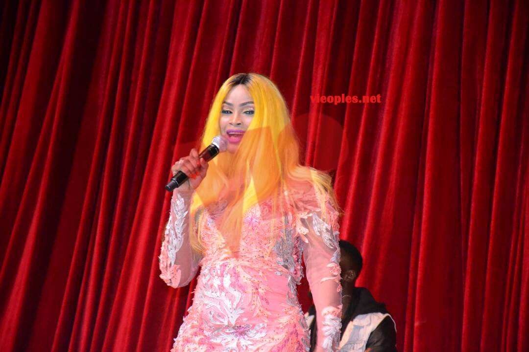 """SARGAL DJIGUENE: Mbathio Ndiaye, Ndiolé Tall et Basse Thioune """"Noy Moyto Sa Nonne"""" mettent le feu au grand theatre en premières parties"""