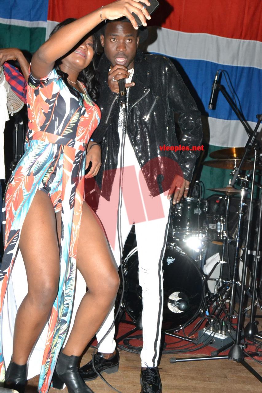 PHOTOS: Soirée Sidy Diop à Bruxelles l'habillement de cette fille ultra sexy au regard de tout. NO COMMENT.