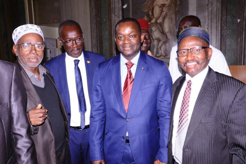 Le Consulat Général du Sénégal à Bordeaux en partenariat avec la ville de Bordeaux et la Chambre de commerce de Limoges ont accueilli le mardi 15 et le mercredi 16 mai 2018, la caravane des PME étape Diaspora conduite par Monsieur Alioune Sarr, Minis