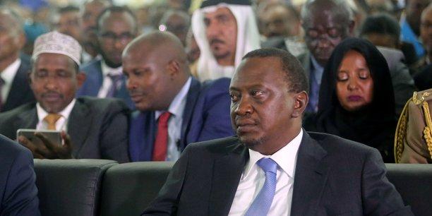 Kenyatta annonce un programme pilote d'exportation pétrolière et gazière