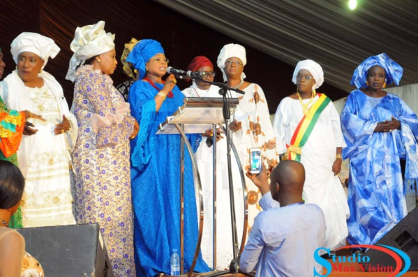 Les femmes de Benno Bokk Yaakar invitent le président Macky Sall à confier la présidence du Conseil Economique Social à Ndèye Marième Badiane