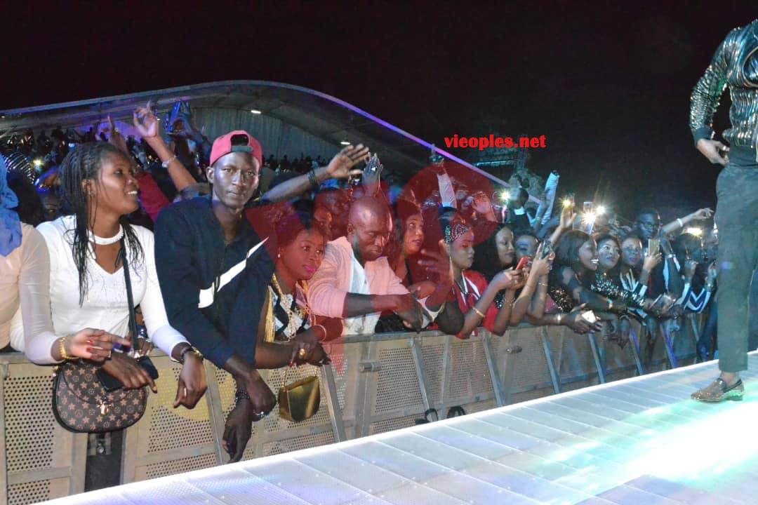 """Les  90 images incroyables du """"GRAND BAL""""au CICES de la méga-star Youssou Ndour qui vient encore de démontrer que seule le respect et l'expérience sont la clé."""