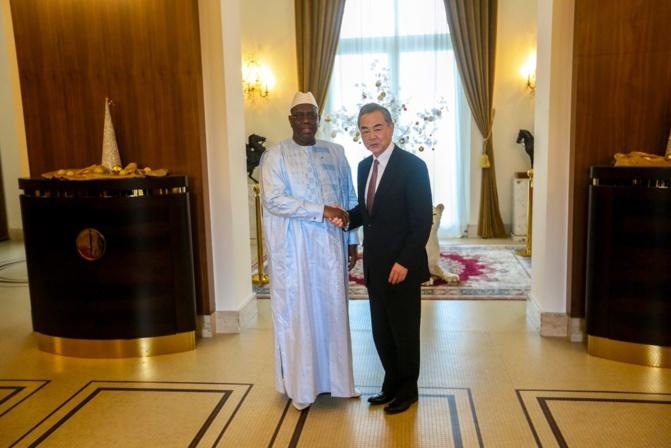 Visite au Sénégal du ministre chinois des Affaires étrangères ( Officiel)
