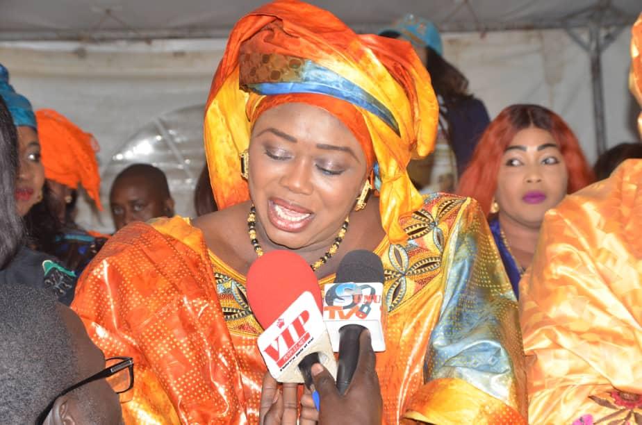 Meeting Mouvement Dakar avec Macky, Madame Mari Lo réussit une prouesse à Sacré Coeur.