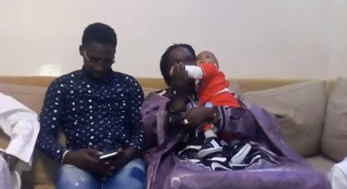 Vidéo : Baba MAAL rend visite l'Artiste Demba GUISSÉ pour voir son Homonyme …