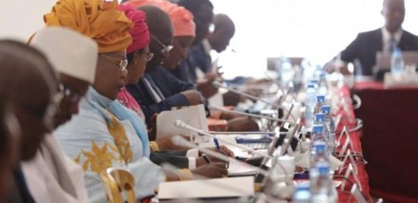 Remaniement : Le cas des 7 ministres intouchables