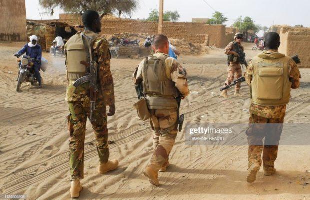 Au Burkina Faso, au moins 62 morts dans l'attaque djihadiste suivie d'affrontements avec des Peuls