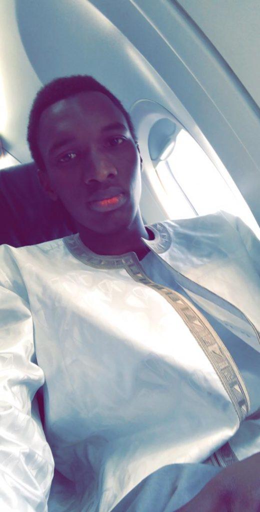 La vie royale de Modou Mbacké fils de Baye Karim à Dubaï : Voiture de luxe, piscine…
