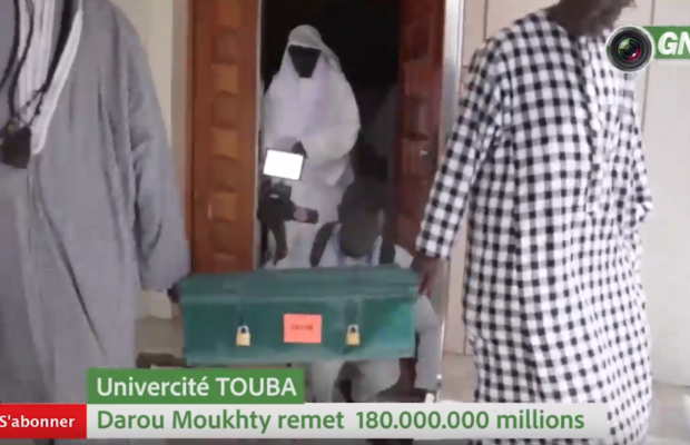 Université de Touba: Darou Mouhty remet 180 Millions de Fcfa au Khalif général des mourides