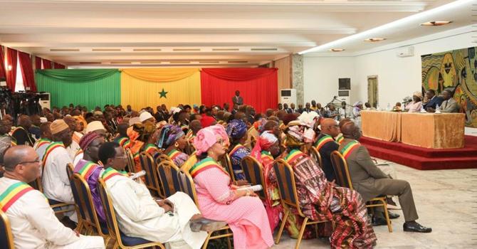 Dialogue national: Vers la création d'une commission cellulaire indépendante