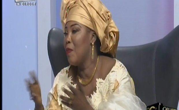 VIDEO. Awa Gueye hausse le ton : « Kou violèti niou castrer la… »