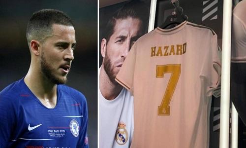 Eden Hazard débarque au Real Madrid !