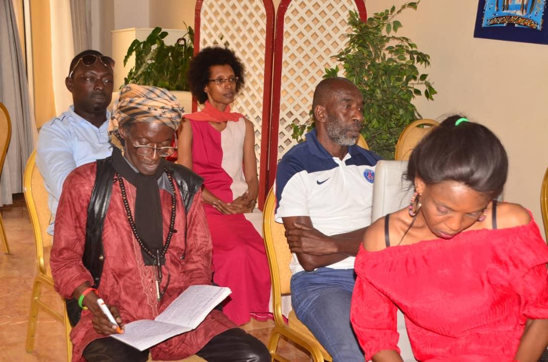 Mame Goor Diazaka tire sur la SODAVE: Ses des suceurs de sang.