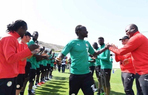 Sadio Mané accueilli en héros à son arrivée en sélection nationale du Sénégal