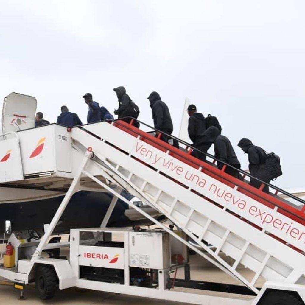 Les Lions quittent Alicante, pour leur camp de base en Egypte.