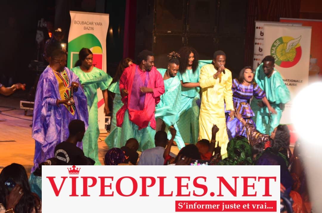 NUIT DU BAZIN: L'intégralité des images de la soirée explosive de Djiby Dramé au Grand Theatre.