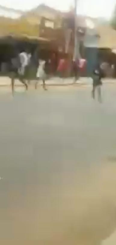 URGENT: Affrontement entre les gendarmes et la population de Kaffrine.