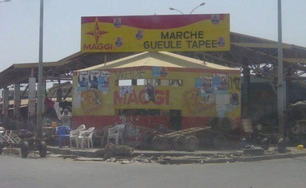 Début de démolition du marché Gueule Tapée, 142 nouvelles cantines érigées.