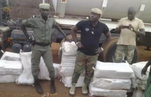 Urgent : la douane fait la plus importante saisie de cocaïne de l'histoire venant du Brésil