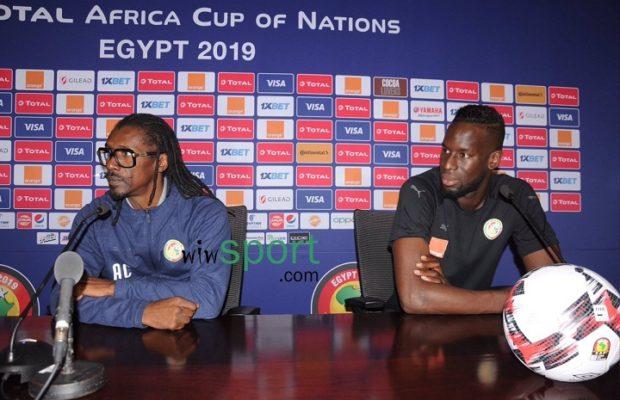 Aliou Cissé : « Oui, nous sommes l'une des équipes les plus proches de gagner le tournoi sur le papier, mais le papier ne décide pas et ne contrôle rien »