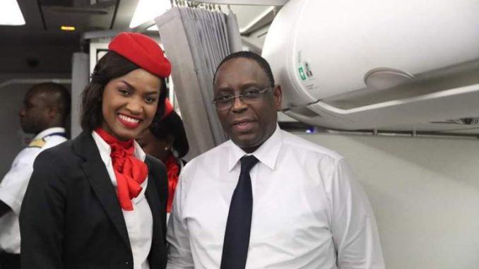 Retour de Niamey sur Air Sénégal, vol régulier : Le Président Macky Sall fait encore parler de lui