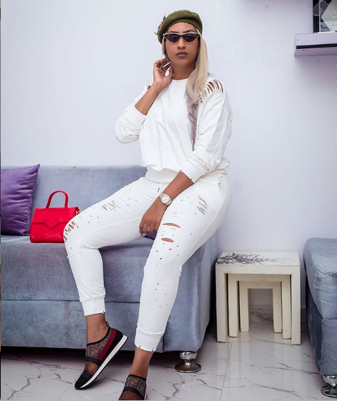 Voici Juliet Ibrahim, l'une des filles les plus belles et les plus attirantes d'Afrique !