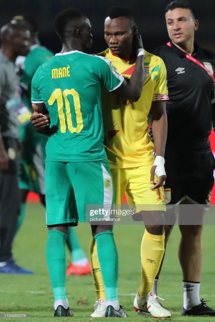 (09 Photos) Victoire du Sénégal : Sadio Mané console son ami Béninois